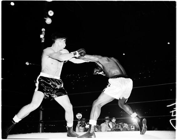 Boxing -- World Heavyweight fight, 1958