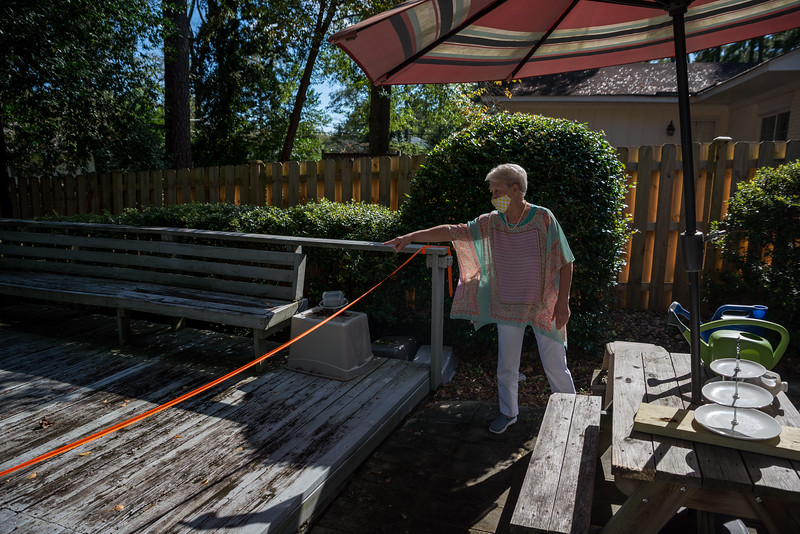 Gloria Wilson recalls memories from the historic floods of 2015, at her house on Rickenbaker Rd. John A. Carlos II / Special to The Post and Courier