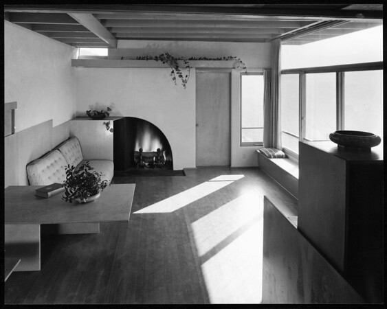 Interior view of the Harris Residence, [s.d.]