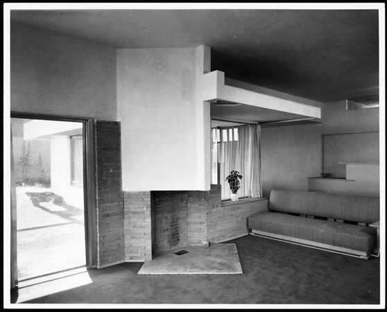 Inerior view of the Victoria Mc Almon(Macalmon) Residence, Los Angeles, 1935