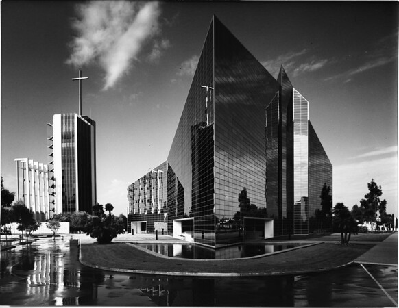 Crystal Cathedral, Garden Grove, ca.1980