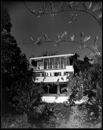 Exterior view of the Elliot House, Los Angeles, 1930