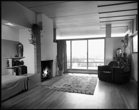 Interior view of the Griffith Park Apartments(Bubeshko Apartments), Los Angeles, 1938