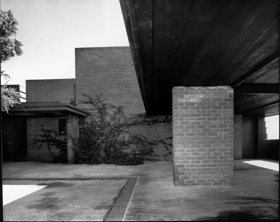 Exterior view of the Sturges House, Los Angeles, 1939