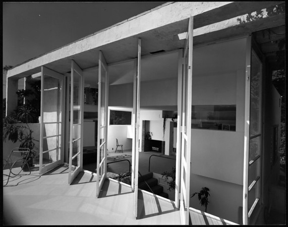 Exterior and interior view of the Elliot House, Los Angeles, 1930