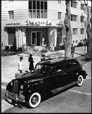 Main entrance to the Shangri-La Hotel, Santa Monica, ca.1940