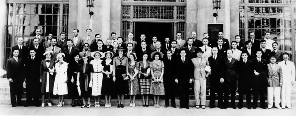 1938 graduation picture in front of University of Southern California Law School
