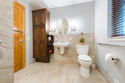Snyder bathroom 02262016-10