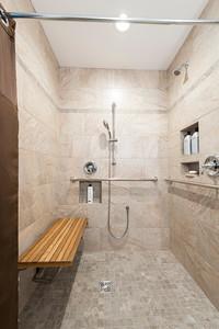 Snyder bathroom 02262016-15