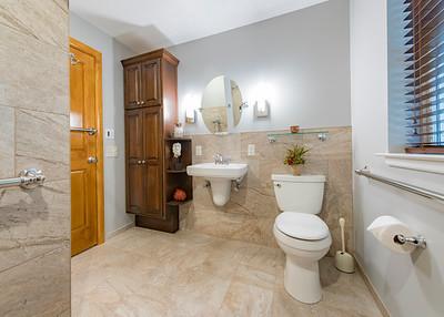 Snyder bathroom 02262016-8