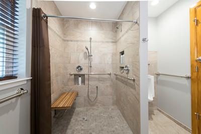 Snyder bathroom 02262016-12