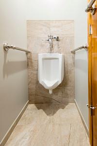 Snyder bathroom 02262016-11