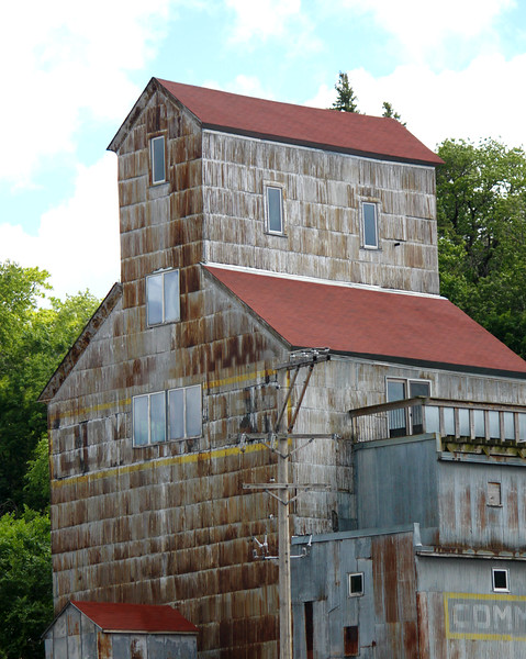 The Commander Grain Elevator