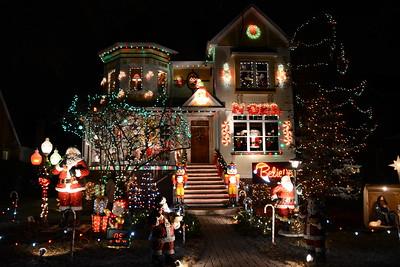 Exchange Club - Naperville, Illinois - Christmas Lights - 2014