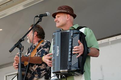 Ribfest - 2012 - Naperville, Illinois - Show Wagon - Near Beer Band