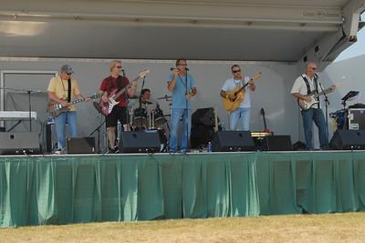 Ribfest - 2012 - Naperville, Illinois - Show Wagon - Waterdawgs