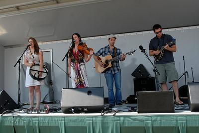 Ribfest - 2012 - Naperville, Illinois - Show Wagon - Under The Willow