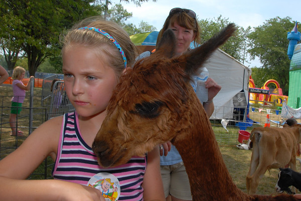 2012 - Family Area - Petting Zoo