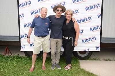 Ribfest 2017 - Naperville, Illinois - Meet & Greet - Wallflowers