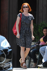 EXC: Alyson Hannigan Takes Tesla To The Car Wash
