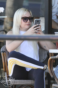 EXCLUSIVE: Amanda Bynes Almost Unrecognizable In Los Angeles, CA
