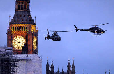 EXC: James Bond Helicopter Stunt Above The Houses Of Parliament in London!