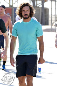 EXC: Joe Wicks & Page 3 Girlfriend Rosie Jones Together In LA!