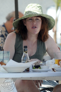 EXCLUSIVE: 80's Teen Heartthrob Molly Ringwald All Grown Up!