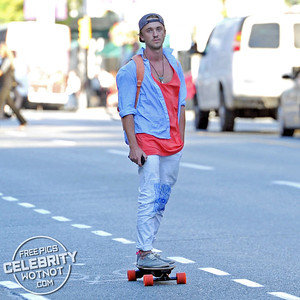 EXCLUSIVE: Tom Felton Electric Skateboard Skills