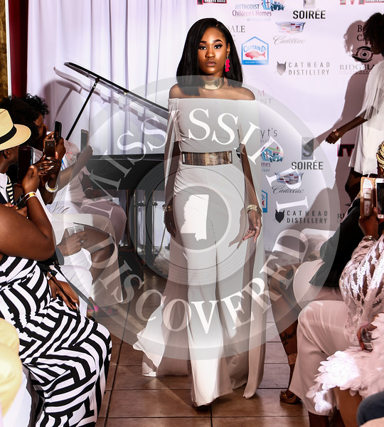 Exclusive Soiree & Fashion Show All White Affair part 2 of 3