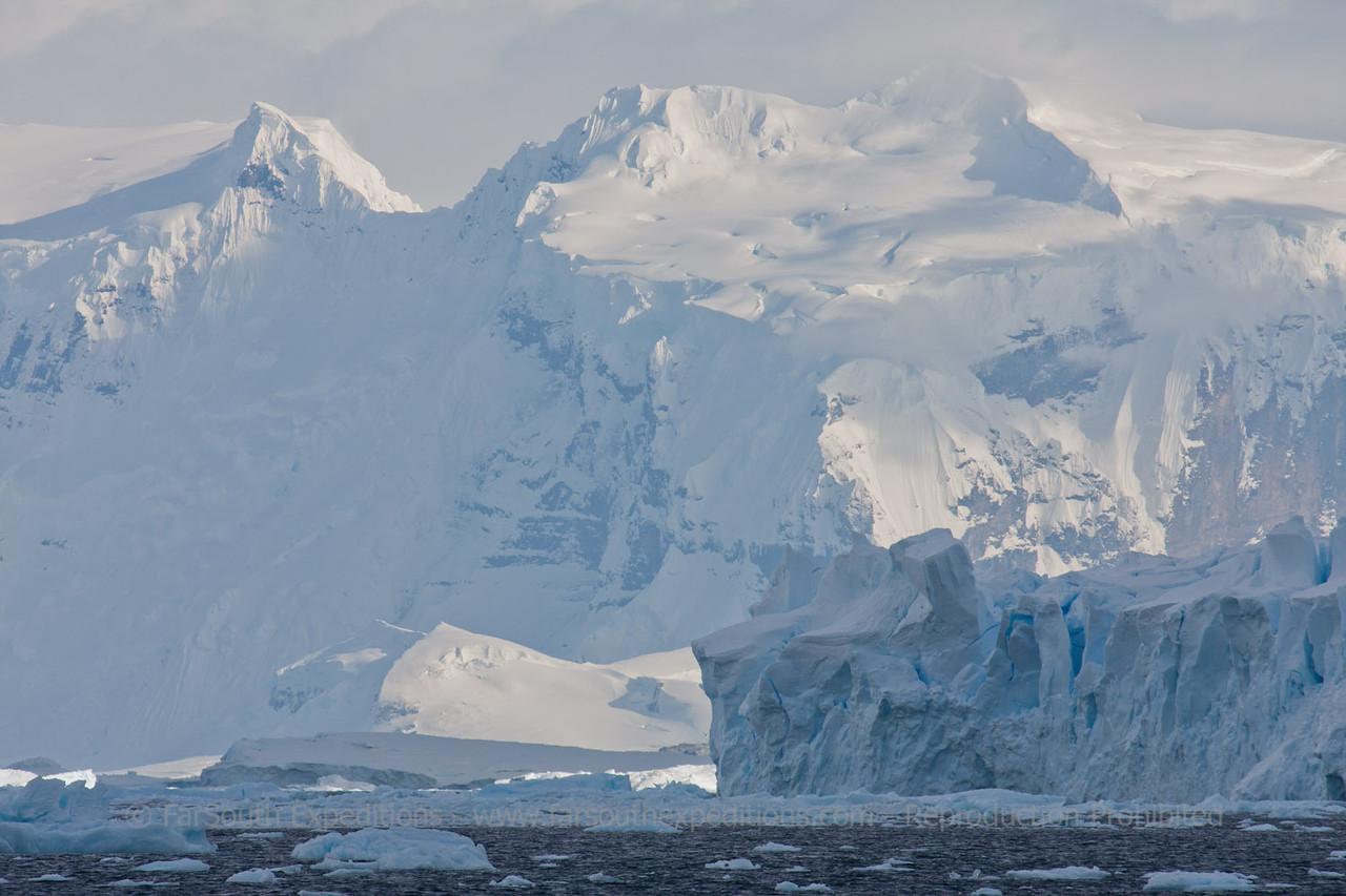 "Western Antarctic Peninsula © Claudio F. Vidal, FS Expeditions -  <a href=""http://www.fsexpeditions.com"">http://www.fsexpeditions.com</a>"