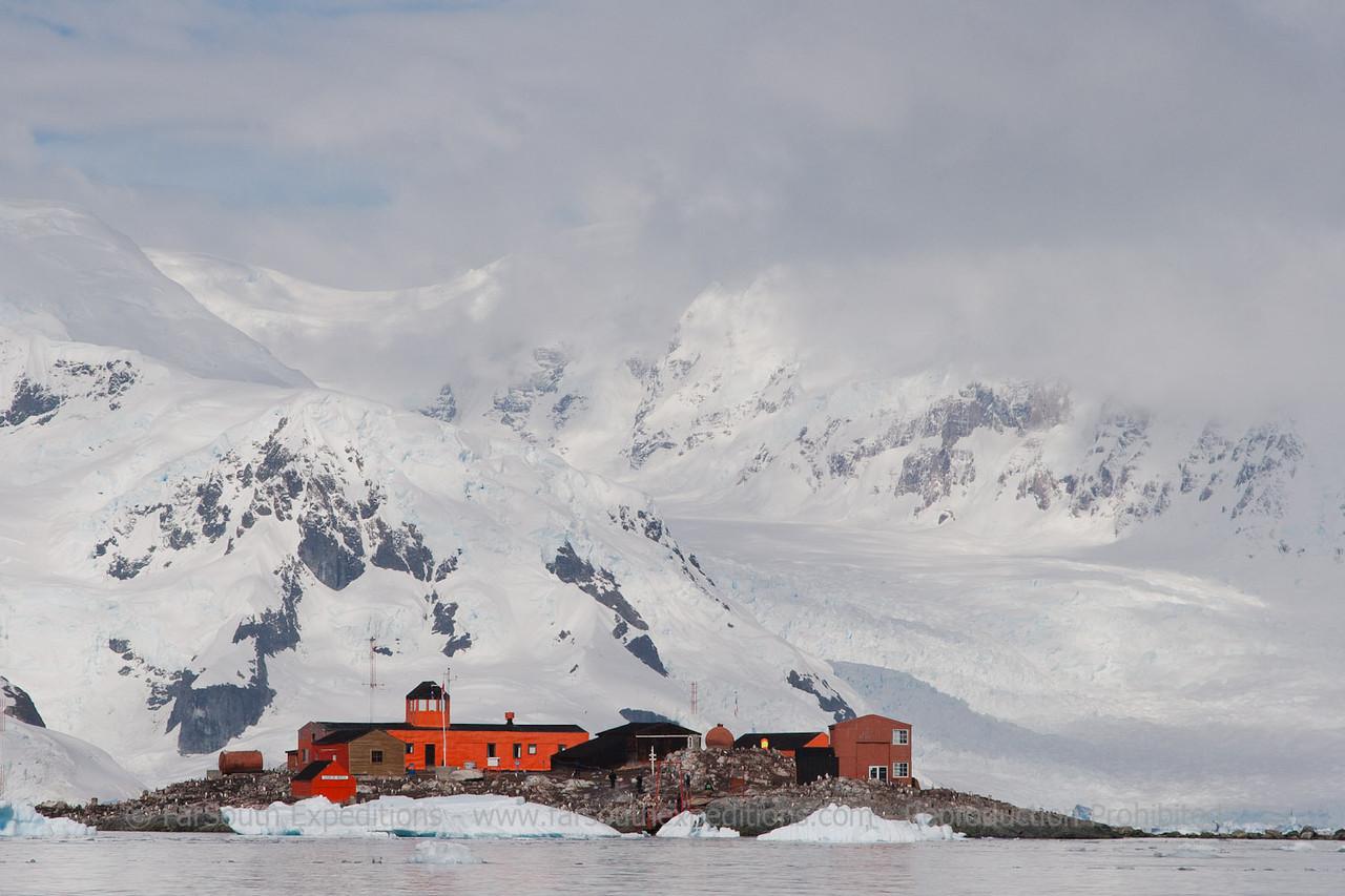 "Base Gabriel Gonzalez Videla (Chile), Antarctic Peninsula © Claudio F. Vidal, FS Expeditions - <a href=""http://www.fsexpeditions.com"">http://www.fsexpeditions.com</a>"