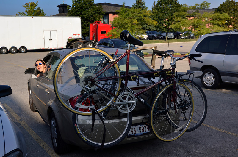 Preparing to leave Motel 6, London, Ont. (8/25). The Raleigh in back is Zoe's new bike, Lloyd.