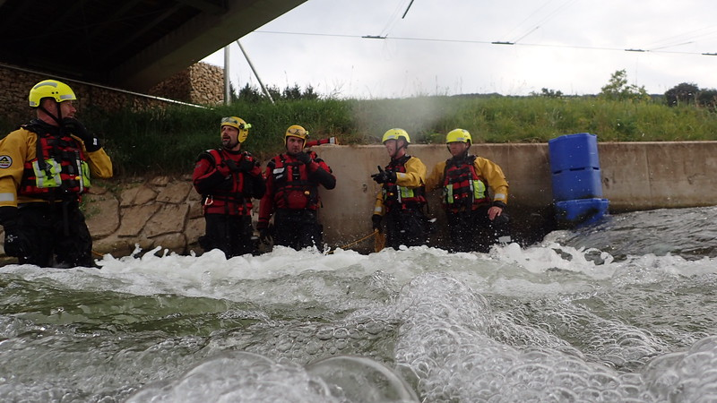 Flood Rescue using Boats