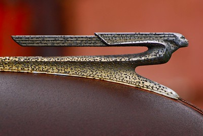 ART DECO HOOD ORNAMENT