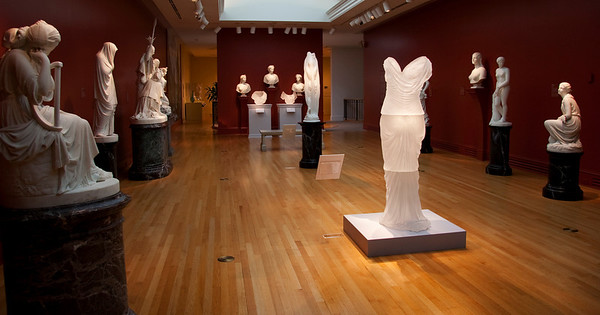 Installation of contemporary sculpture in neoclassical gallery of the Chrysler Museum