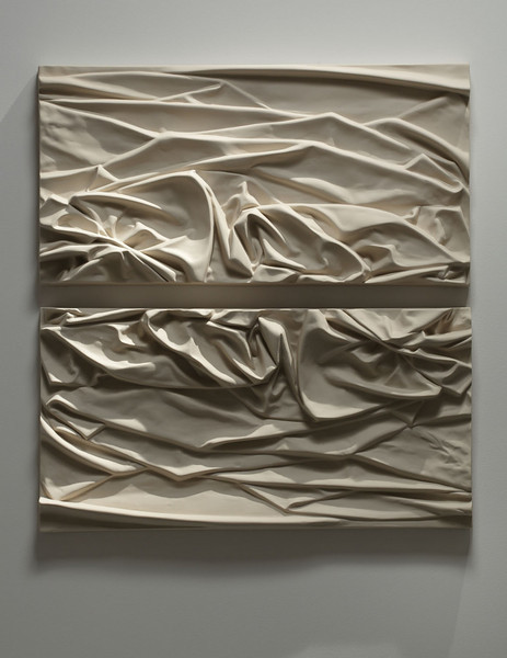 Sculpture of abstract drapery examining body and landscape – Ceramic bas-relief