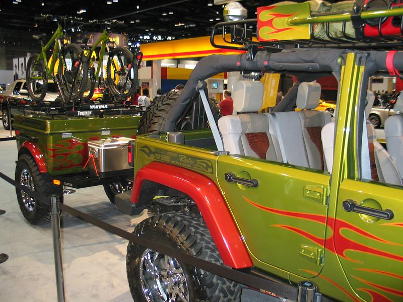Jeep Rubicon 'Skyjacker' with trailer