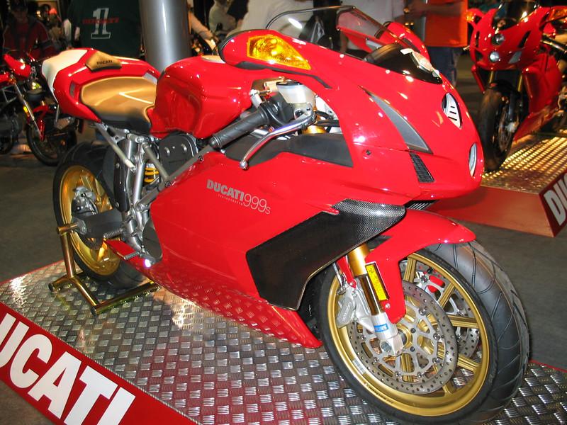 Ducati 999s