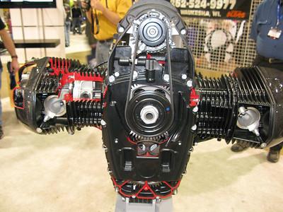 Cutaway boxer engine