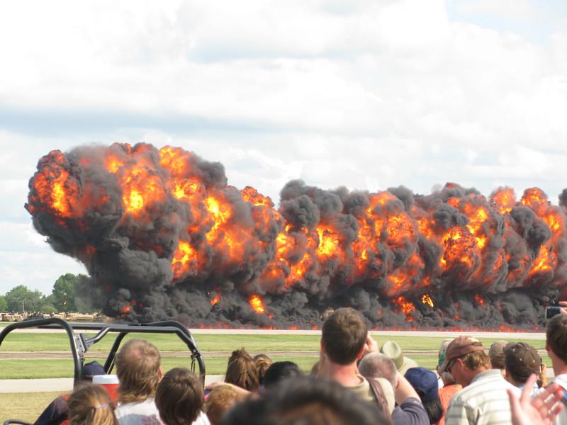 1000 feet wall of fire