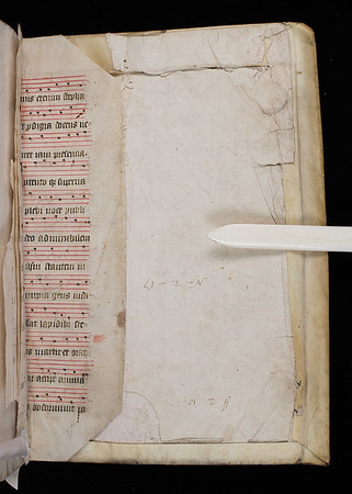"Manuscript waste from an English choir book with musical notation in red 4 line staves. <br><br> <b>Title:</b><i> Biblia sacra ex Sebastiani Castalionis postrema recognitone </i> (Basel, 1573)<br> <b>Shelfmark:</b>  <a href=""http://idiscover.lib.cam.ac.uk/primo-explore/fulldisplay?docid=44CAM_COLLPWDB618542&amp;context=L&amp;vid=44CAM_TEST&amp;search_scope=QUE&amp;tab=default_tab&amp;lang=en_US""> N.2.17</a>"