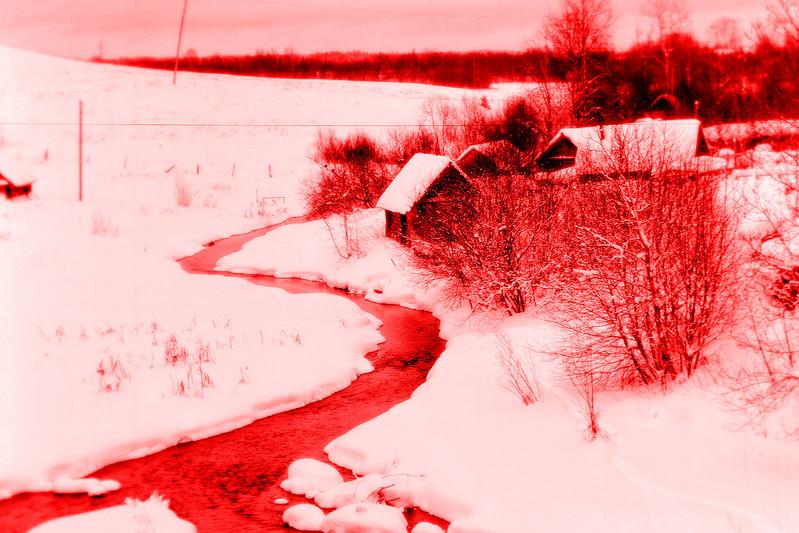 Красная северная речка // Red Nothern River