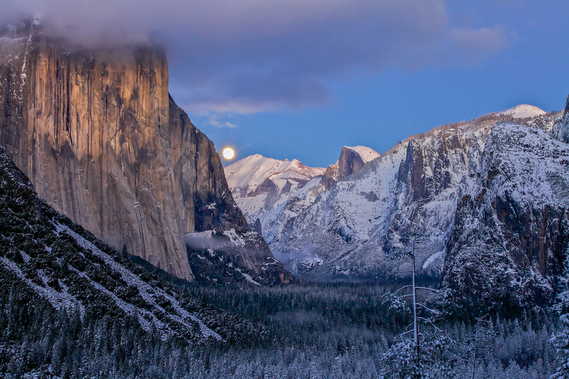Richard Ansley-Moonrise Over Yosemite