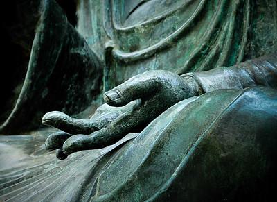 gretchen_faulk-hand_of_compassion_0