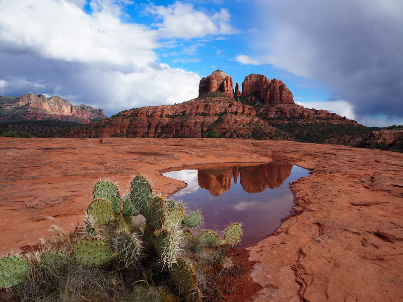 Day_Anna_Red rock reflection