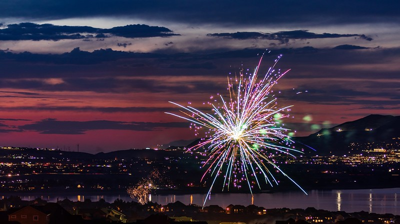 jan_munger-fireworks_at_sunset
