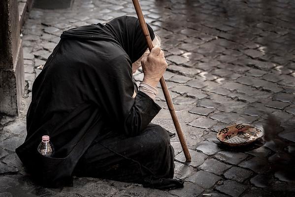 James_Dalrymple-Woman_on_the_Street_Rome