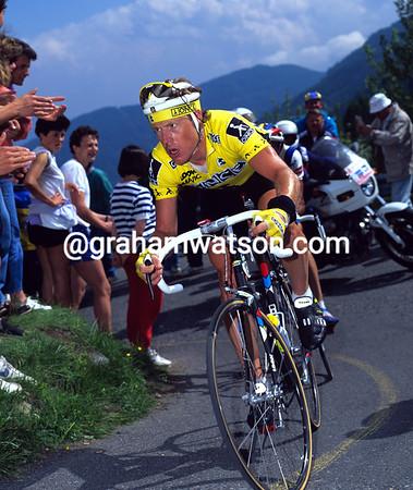 STEPHEN HODGE IN THE 1990 GIRO D'ITALIA