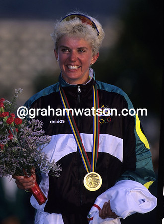 KATHY WATT WINS THE 1992 OLYMPIC GAMES ROAD RACE